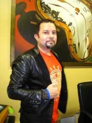 CRF Board Member<br/>Louie Vega