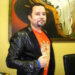 CRF Board Member<br />Louie Vega